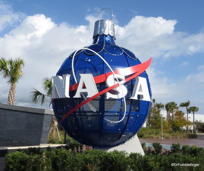 A NASA Christmas Carol